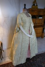 14 antique robe a la francaise 1770