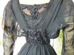 24 antikes Abendkleid 1909