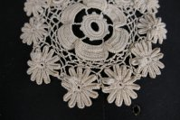 4 antique jabot 1905