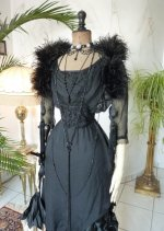 3 antique evening gown 1909