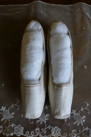 antique slip on shoes 1840
