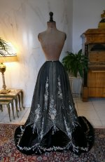 90 antique Gustave Beer gown 1906
