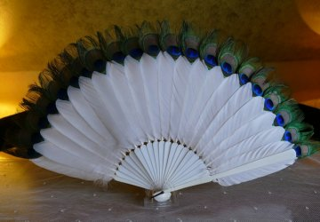 antique feather fan 1915