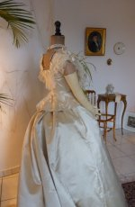 35 antique dress 1865