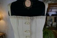 1 antique teenager corset 1905