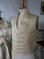 64 antique gown 1835