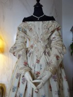 25 antique romantic period dress 1839