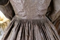 47 antique afternoon dress 1840