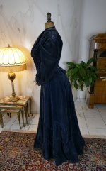 17 antique walking dress 1899