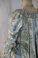 28 antique robe a la francaise 1770