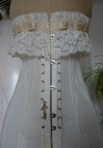 5 antique au royal corset 1910