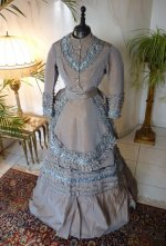 11 antique dress 1877
