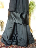 26 antikes Abendkleid 1909