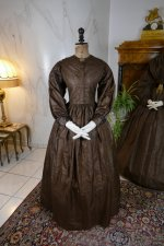 37antique afternoon dress 1840