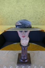 2 antique Hat 1914