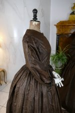 48 antique afternoon dress 1840
