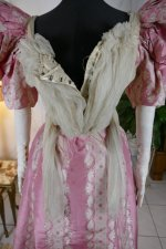 31 antique ball gown 1895