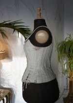 11 antique ferris corset 1890