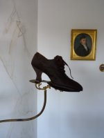 5 antique shoe display 1895