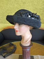 14 antique mourning Hat 1905