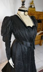3 antique afternoon dress 1907