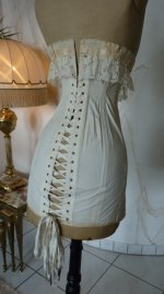 17 antique au royal corset 1910