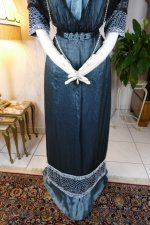 7 antique society dress Kayser 1908
