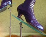 20 antique glass shoe stands 1900