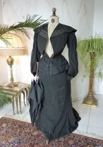 21 antique walking gown 1901