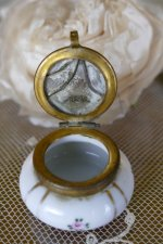6 antique little Boudoir jar 1920