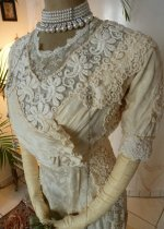 13a antique wedding dress