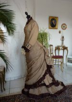 19 antikes Reisekleid 1879