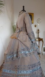 17 antique dress 1877
