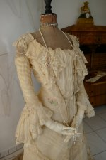 6 antique society dress 1901