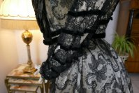 19 antique evening dress 1903