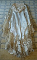 66 antikes Abendkleid WORTH 1898