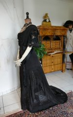 17 antique Drecoll dress 1906