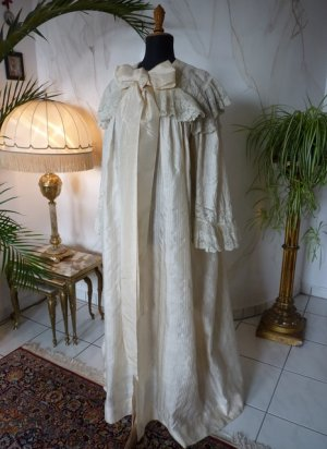antique Peignoir 1895