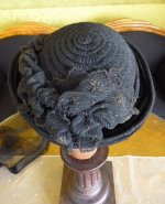 17 antique mourning Hat 1905