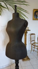 4 antique-mannequin