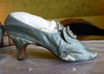 9 antique shoes 1780