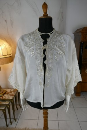 antique boudoir jacket 1910