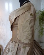 38 antique dress 1840
