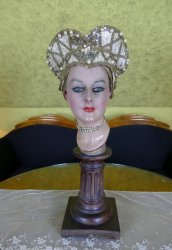 antique head dress 1920