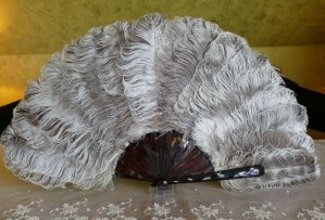 antique feather fan 1900