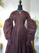 10 antique romantic period gown 1837