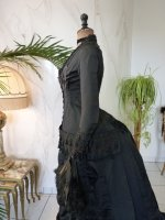 24 antique mourning dress 1879