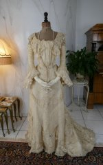 24 antique society dress 1901