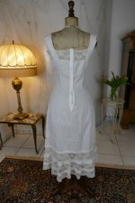 10 antique camisole 1908