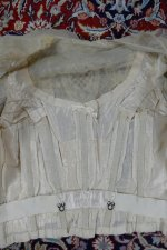 42 antique dress 1901